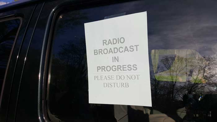 "Remote site - sign in the window ""Radio Broadcast in Progress - Please do not disturb"""