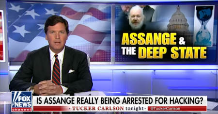 tucker-carlson-julian-assange-arrest
